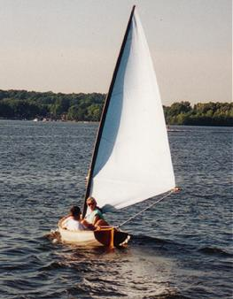 Ted Seaver's Classic 10 under sail